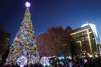 Dallas brilla para cerrar el año